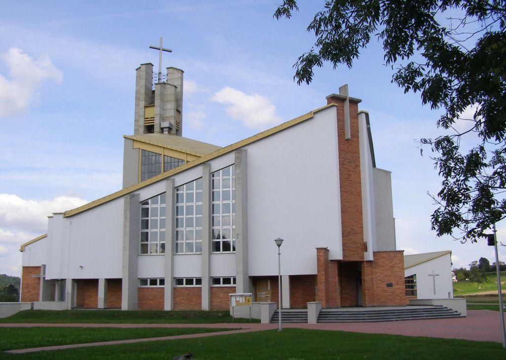 Lewa część kościoła